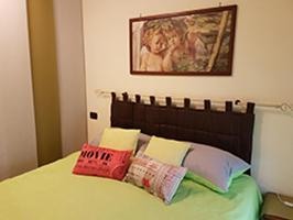 Monolocale per 2 persone a Santa Maria degli Angeli 2 km da Assisi, letto king size materasso in memory